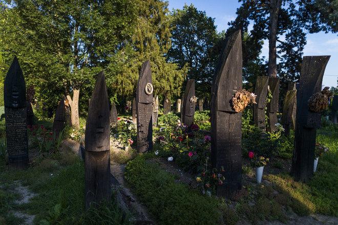 Csónakos temető- forrás - borsonline